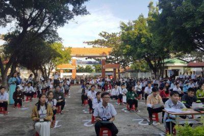 Đoàn trường THPT Buôn Đôn tổ chức cuộc thi thi Rung chuông vàng năm học 2017-2018